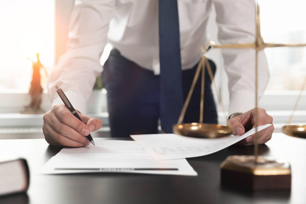 avocat pour conflit de voisinage